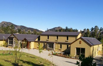 01-Maple-Lodge-Wanaka