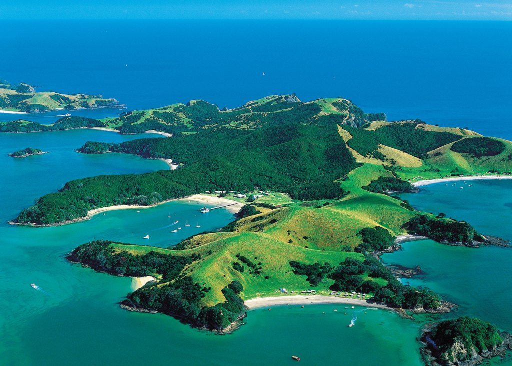 images of the Bay of Islands