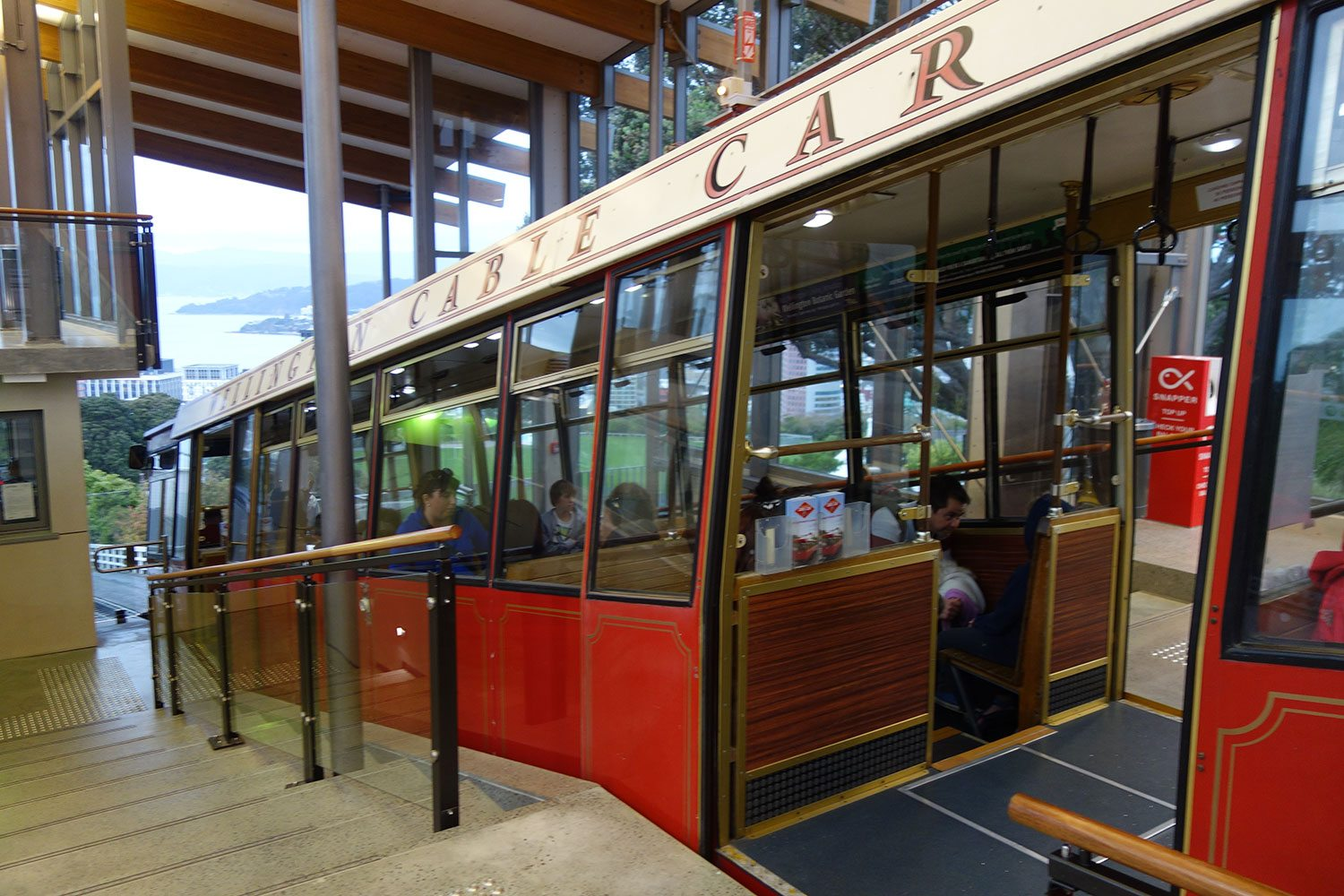 Wellington Cable Car: Ride The Wellington Cable Car In New Zealand: Silver Fern