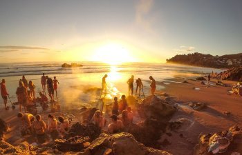 04-Sunrise-at-Hot-Water-Beach-copy