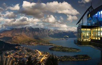 20-Stratosfare-Restaurant_The-view-of-Queenstown_high-resolution